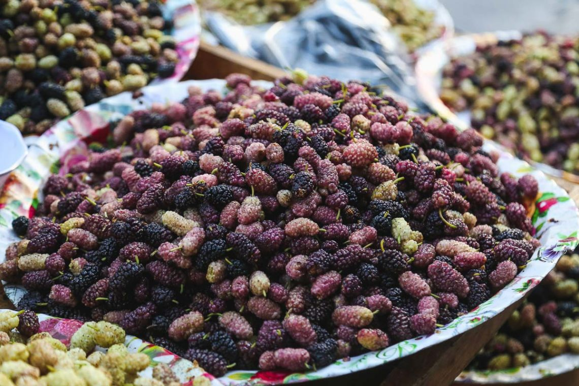 mulberries sold in amman